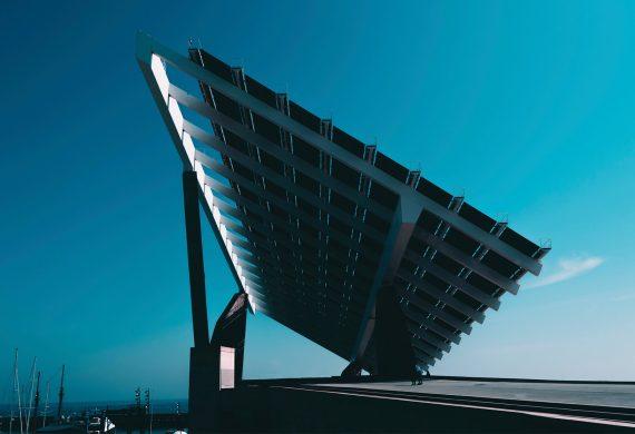 Klímavédelem: óriási napelemparkok nélkül nem megy?